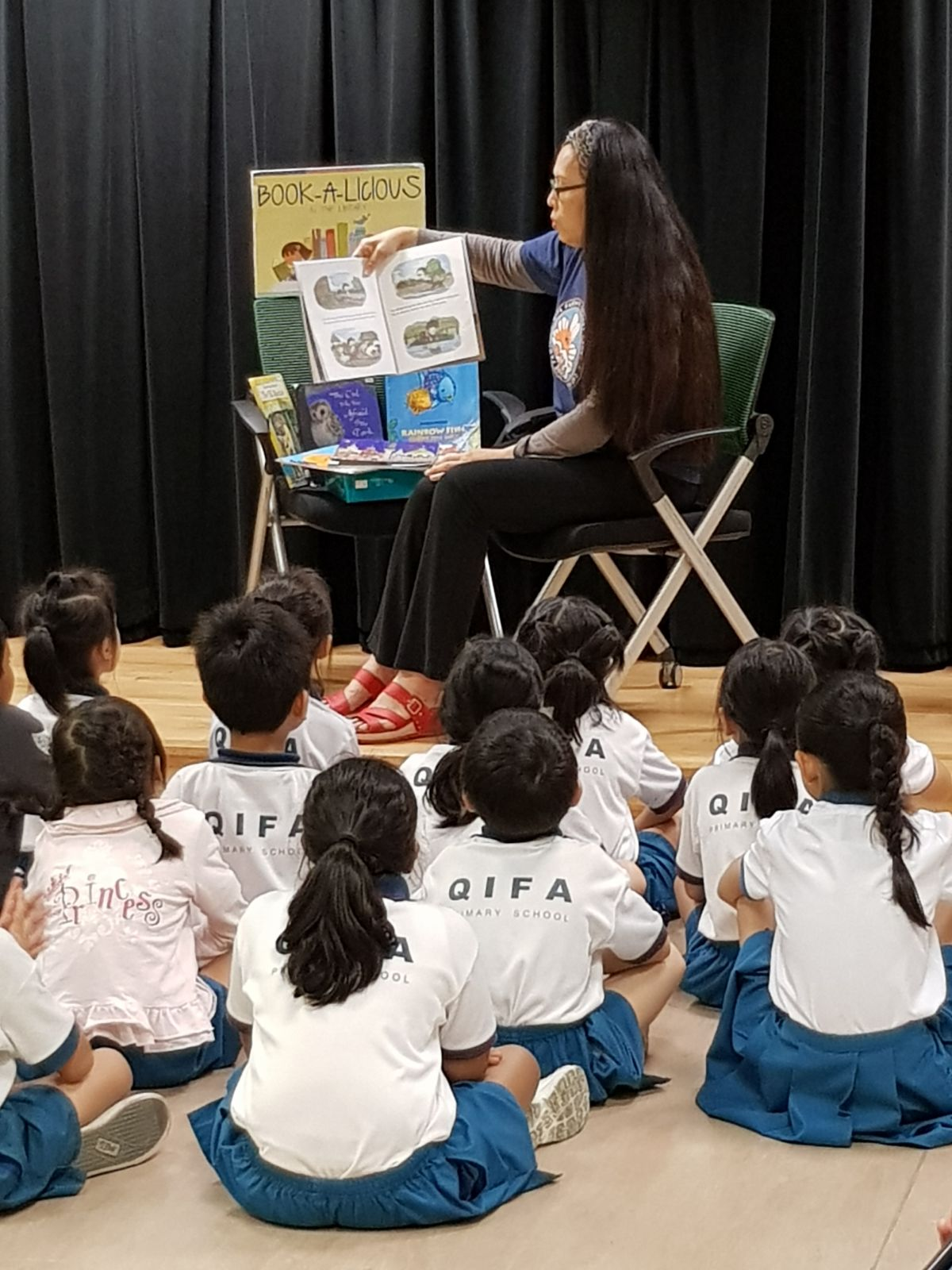 EL Dept_Bookalicious, a story telling session by parent volunteer.jpeg